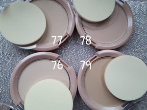 Фото: Manhattan Clearface Compact Powder 2in1